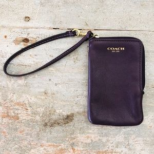 ♥️ Coach ♥️ Purple Leather Wristlet Wallet